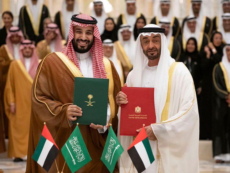 Arab Saudi và UAE thỏa hiệp, giá dầu thô có thể hạ nhiệt