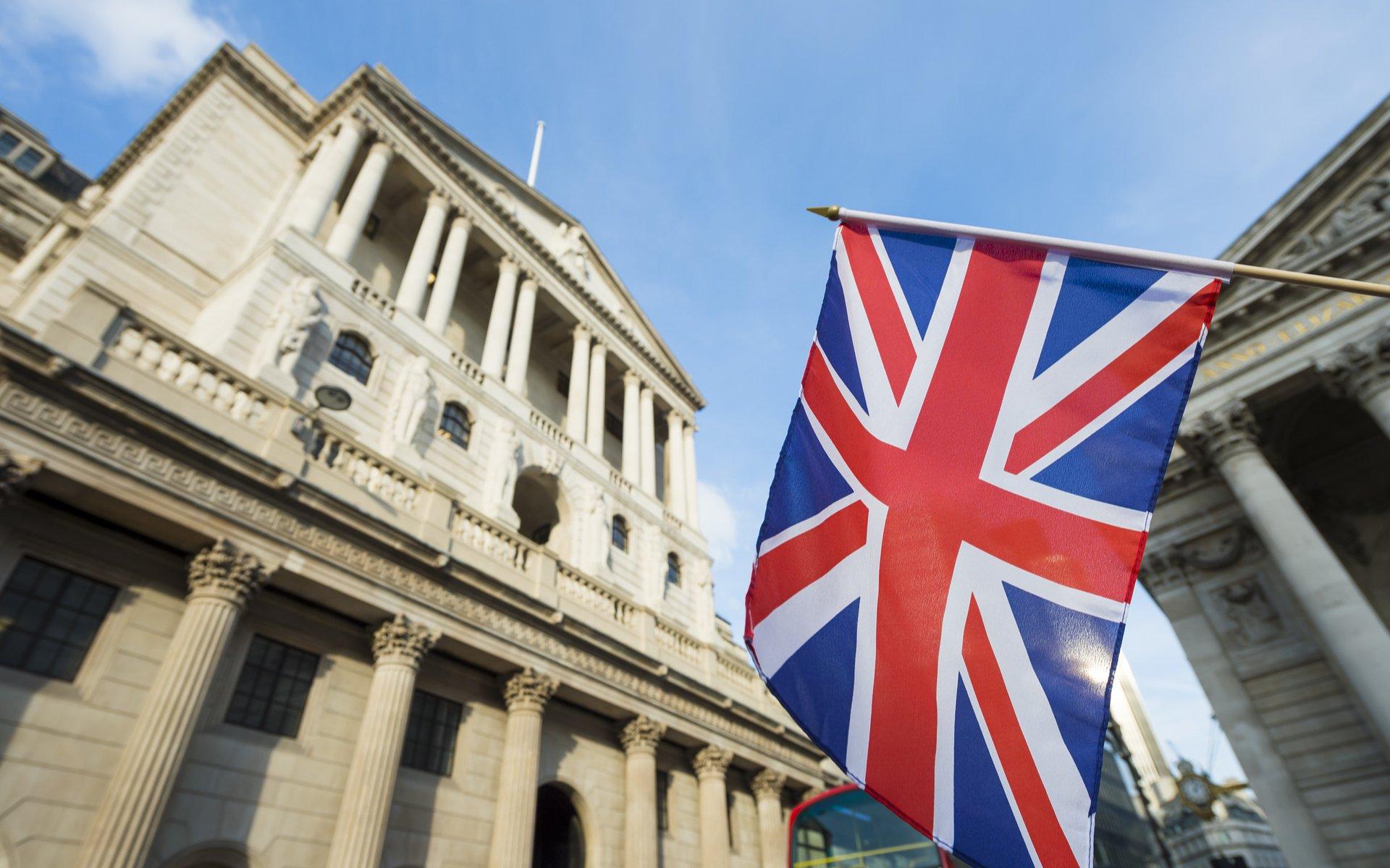 BoE: Dự báo từ tám ngân hàng lớn, quan điểmbồ câu sẽ chiếm ưu thếtrong ngày!
