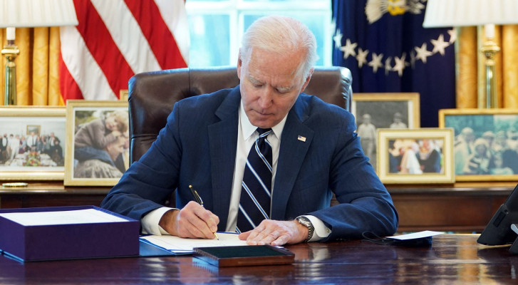 Tổng thống Biden ký luật nâng mức trần nợ công nhằm ngăn chặn tình trạng vỡ nợ