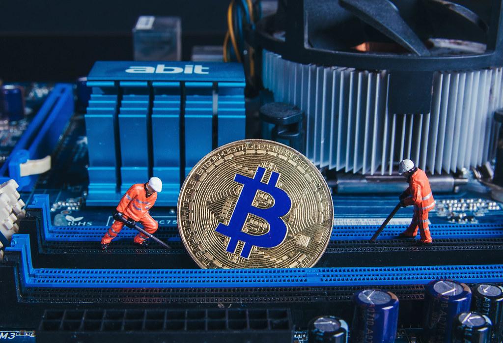 Mỹ vượt qua Trung Quốc, chính thức là điểm đến hàng đầu cho các thợ đào Bitcoin