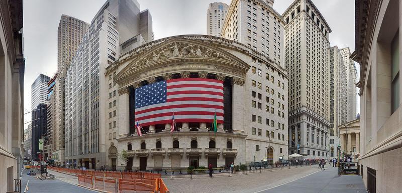 Phố Wall diễn biến trái chiều khi lợi suất trái phiếu Mỹ tăng