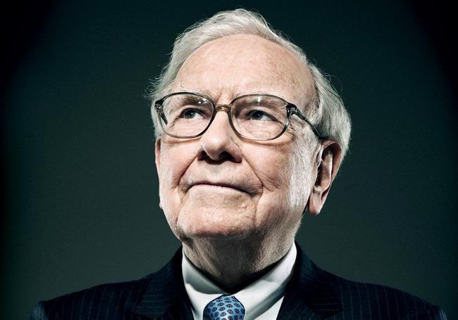 Warren Buffett giảm mua cổ phiếu quỹ, bán ròng chứng khoán khi thị trường lên đỉnh